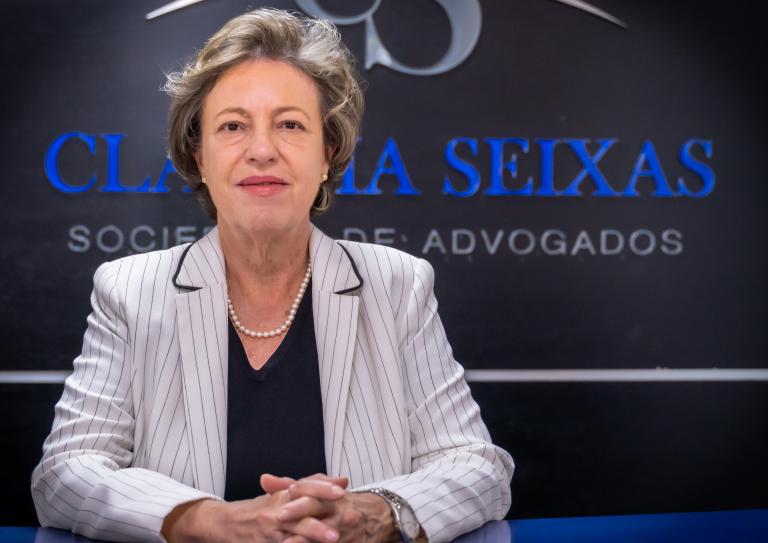 Dra_Cláudia_Seixas